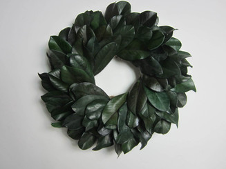 PRES MAGNOLIA LEAF WREATH - 17""