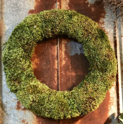 MOOD MOSS WREATH PACKED 1