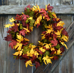 "JEWELED MAPLE 24"" WREATH"