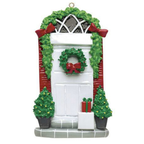 Free Personalization - Door with Gift Ornament
