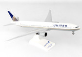 SKYMARKS UNITED BOEING 777-300 WITH GEAR SCALE 1/200 SKR900