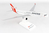 Skymarks Qantas Airbus A330-300 Updated Silver Band Livery Scale 1/200 SKR928
