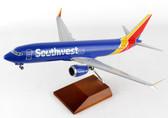 DARON  SOUTHWEST 737-MAX 8 SCALE 1/100