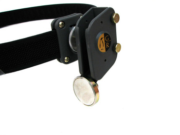 Guga Ribas Pouch Mounted Magnet with Bracket (