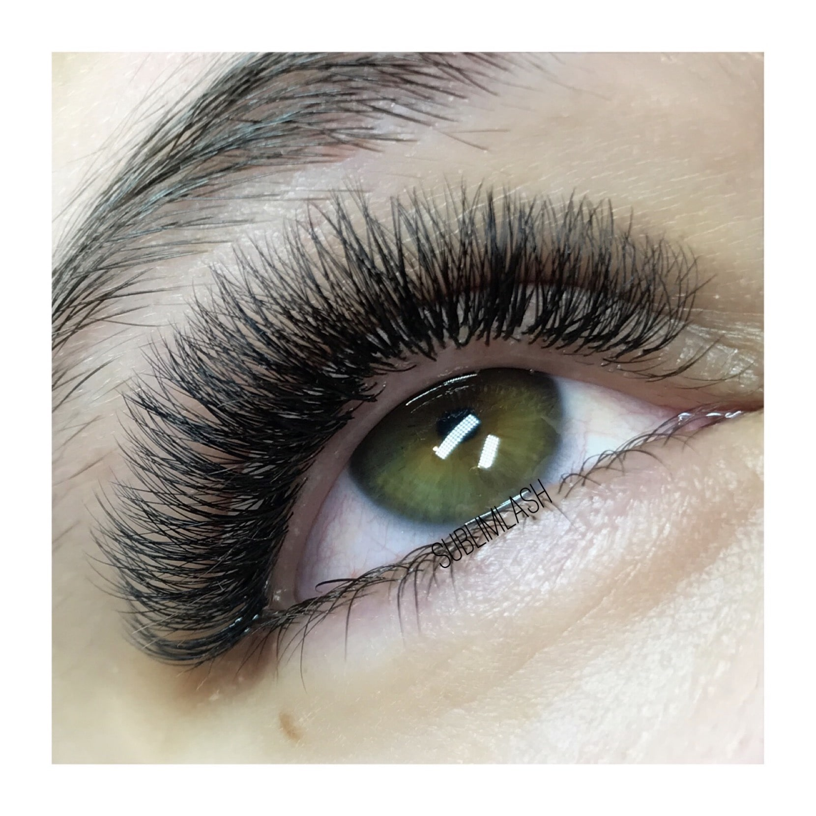 lash-artist-of-the-week-paula-chatain.jpg