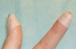 Use tape while applying eyelash extensions - Lash Stuff