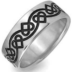 Titanium Celtic Heart Ring