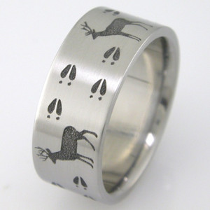 Men's Titanium Laser Carved Deer Tracks Band