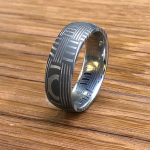 Men's Acid Finish Basket Weave Damascus Steel Ring