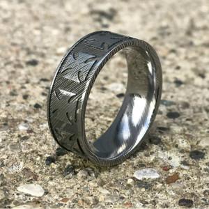 Men's Damascus Steel Maltese Cross Ring