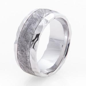 Men's Hammered Cobalt Gibeon Meteorite Ring
