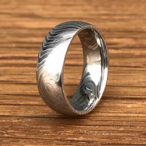 Men's Damascus Steel Tiger Stripe Pattern Wedding Ring