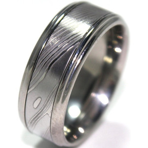 Men's Grooved Edge Titanium Ring with Damascus Steel Inlay