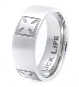 Men's Titanium Cross Pattée Ring