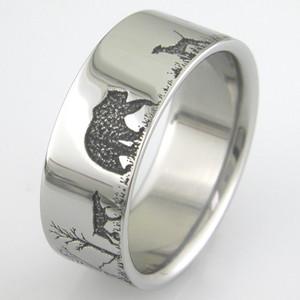 Men's Titanium Bear Hunting Ring