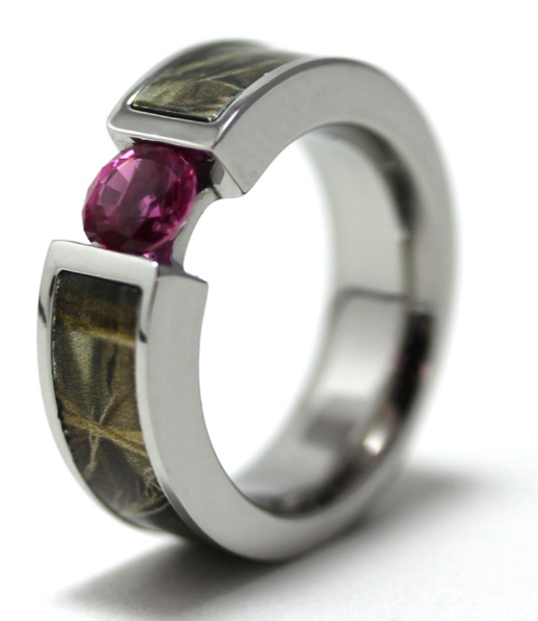 womens titanium camo chick pink bling ring - Pink Camo Wedding Rings For Her