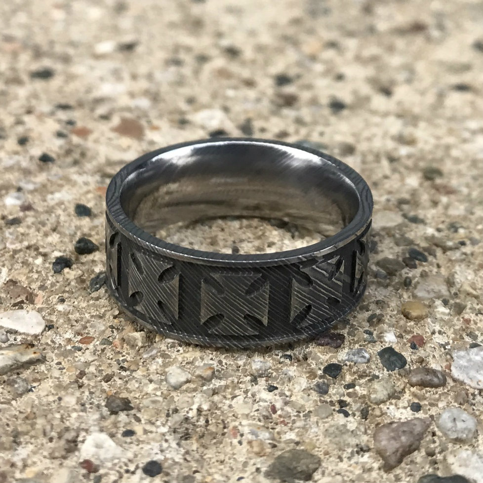 Men's Damascus Steel Maltese Cross Ring