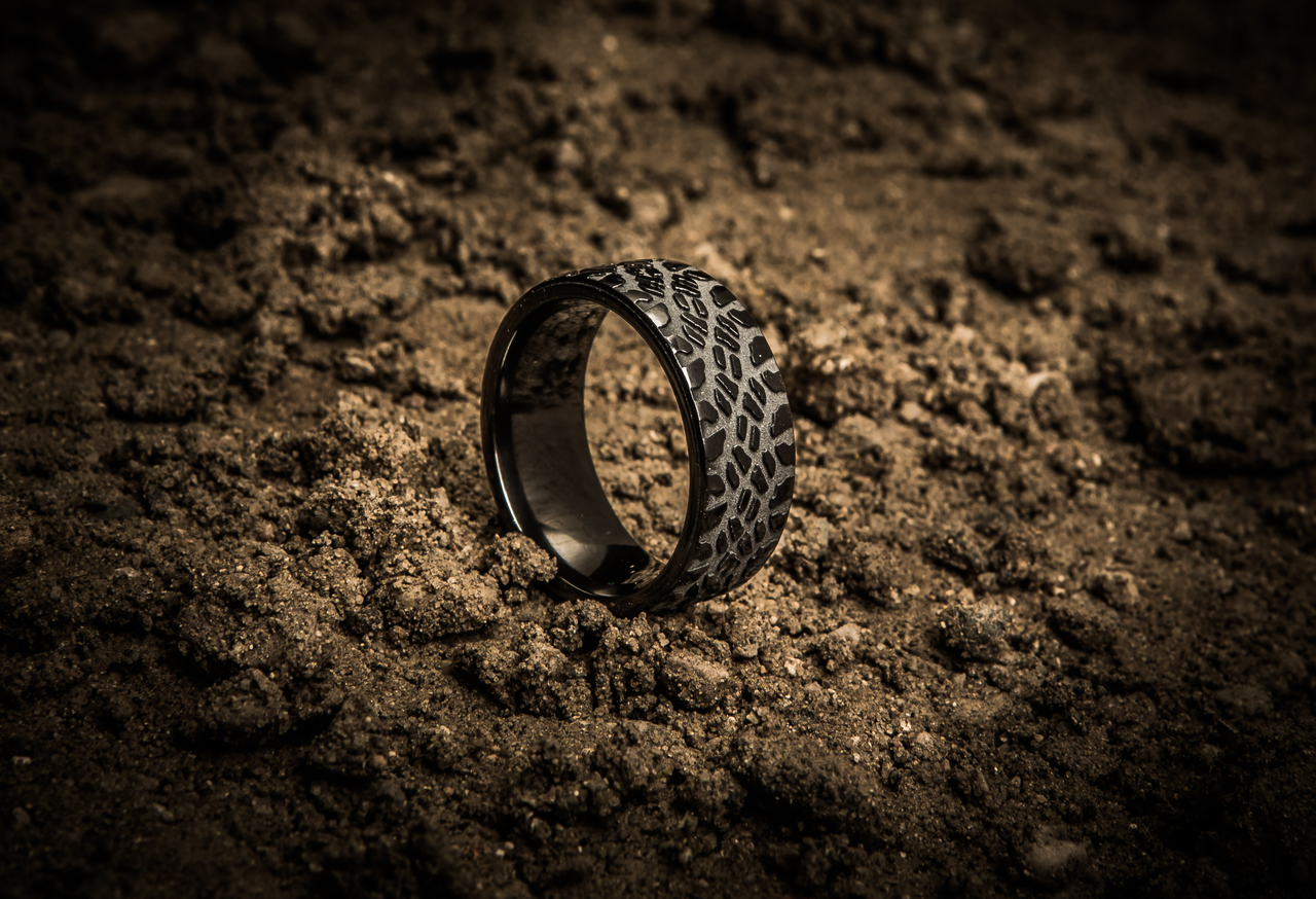 mens black goodyear duratrac mud tire ring mens black goodyear duratrac mud tire - Mud Tire Wedding Rings