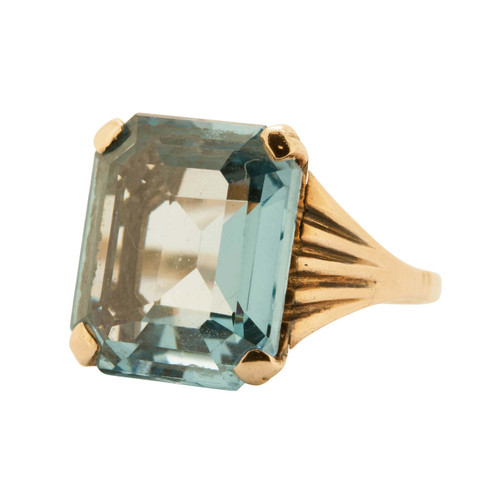 Vintage 9ct Gold Blue Topaz Dress Ring