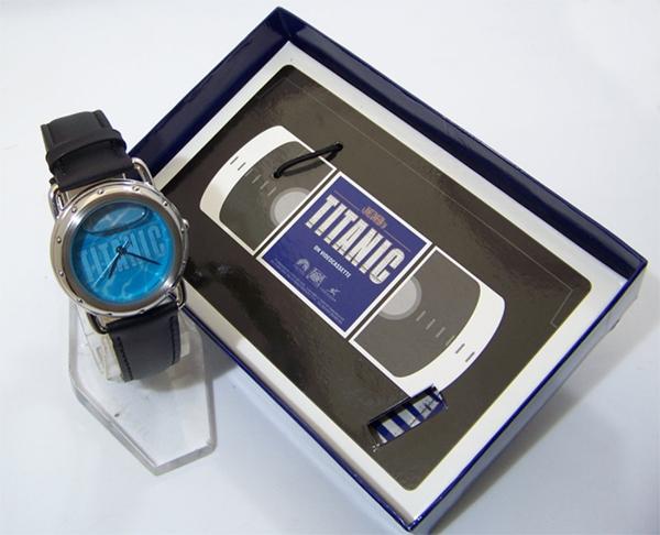 titanicmovewbox.jpg