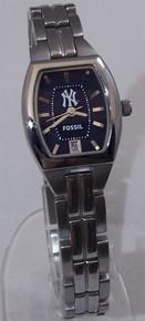 New York Yankees Fossil Watch Womens Three 3 Hand Date Cushion MLB1013