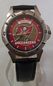 Tampa Bay Bucs Buccaneers Fossil Watch 1997 Mens Vintage in Tin