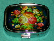 MAGNIFICENT COLORFUL FLORAL RUSSIAN PILL BOX #1309