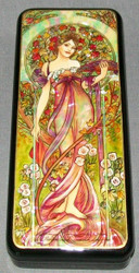 LOVELY MAIDEN - RUSSIAN HANDPAINTED MOTHER OF PEARL LACQUER BOX #0683 PINK ROSES