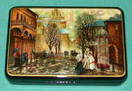 STUNNING HAND PAINTED FEDOSKINO RUSSIAN MOTHER OF PEARL BOX OLD WORLD CITY SCENE