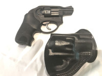 USED RUGER LCR 38 SPL IN NEW CONDITION COMES WITH 1 HOLSTER