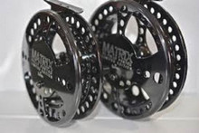 """Raven Matrix XL Centerpin/Float Reel 5 1/8"""" Limited Edition Free Neo Pouch"""