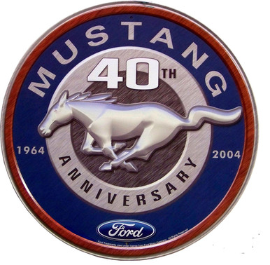 Great retro 40th Anniversary Mustang sign has great contrast and details