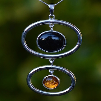amber-and-whitby-jet-pendant.jpg