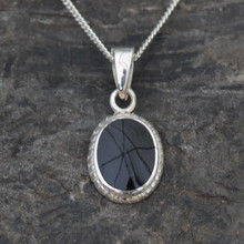 Oval rope edge Whitby pendant