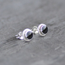 Small Round Rope Edge Whitby Jet Stud Earrings 003ST