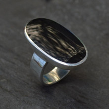 Whitby Jet Large Oval Ring 013JR