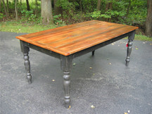 Silverlake Classic Dining Table with Turned Legs