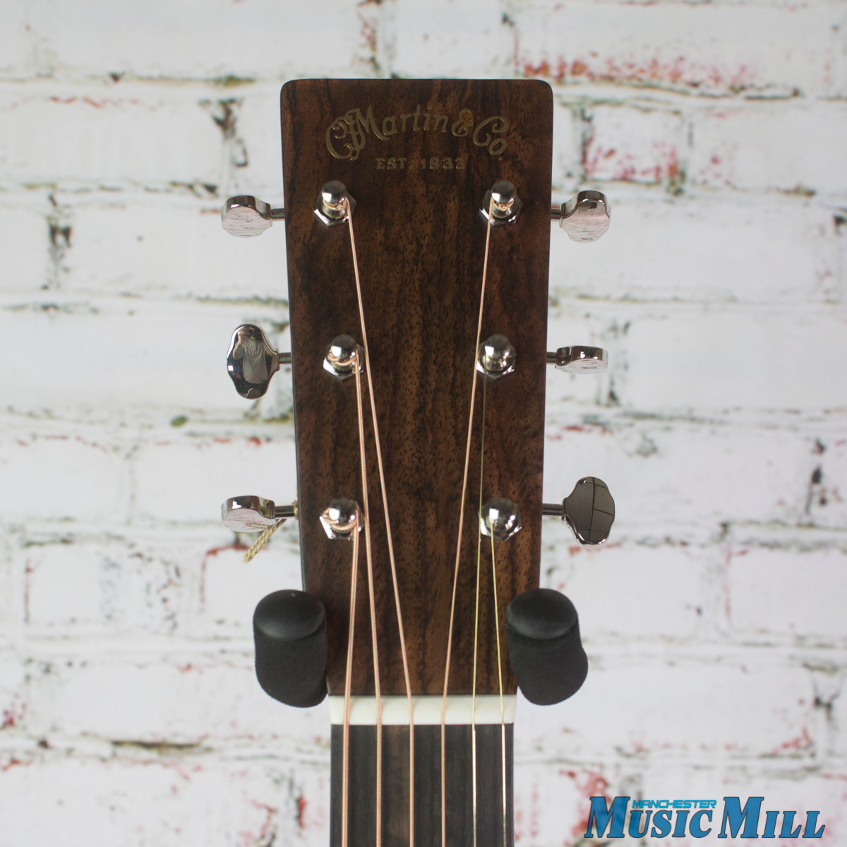 Martin Custom Shop 000-28 Sunburst Wild Grain Rosewood Thin Finish