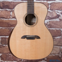Alvarez AG60AR Grand Auditorium Acoustic Guitar Natural