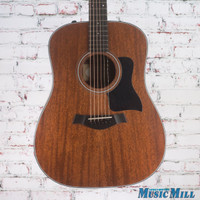 Taylor 320e Dreadnought Acoustic Electric Guitar Natural