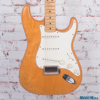 Vintage 1975 Fender Stratocaster Electric Guitar Natural
