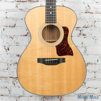 Taylor PF 422 Concert Acoustic Guitar Natural