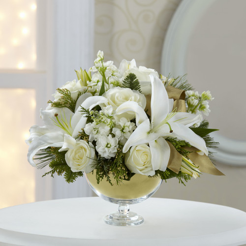 TheHoliday Elegance Bouquet by Vera Wang