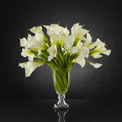 TheMusings Bouquet by Vera Wang
