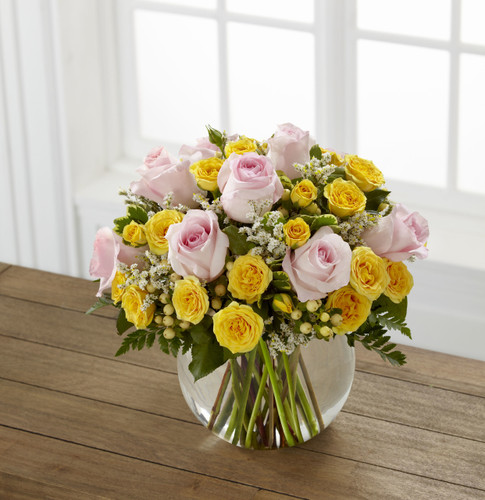 TheSoft Serenade Rose Bouquet