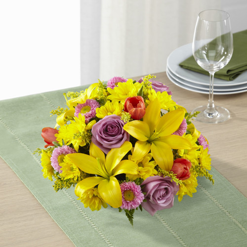 TheSpring Sunshine Centerpiece