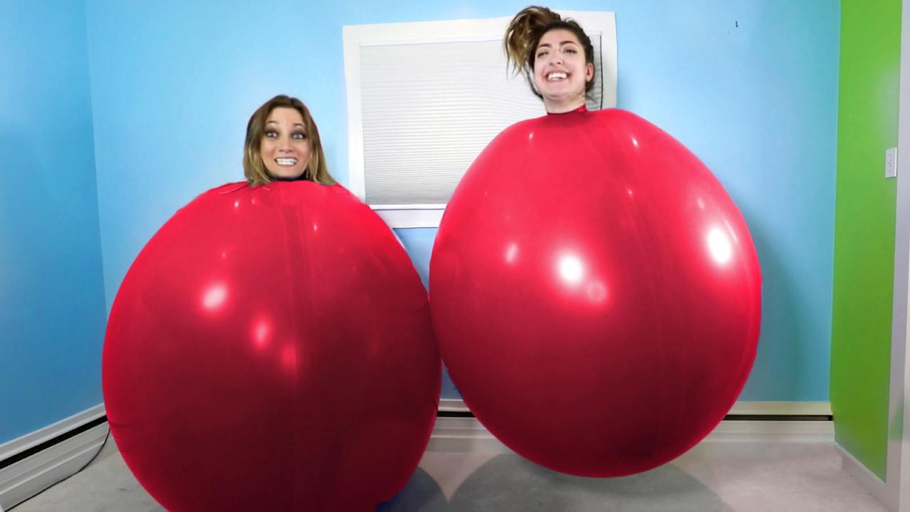 biggest-latex-balloon.jpg