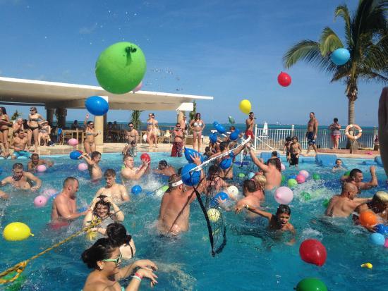 water-balloon-fight-at-pool.jpg