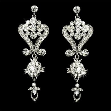 Stunning swarovski crystal bridal chandelier earrings we1031 stunning swarovski crystal bridal chandelier earrings we1031 aloadofball Image collections