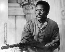 This is an image of 186118 Richard Roundtree Photograph & Poster